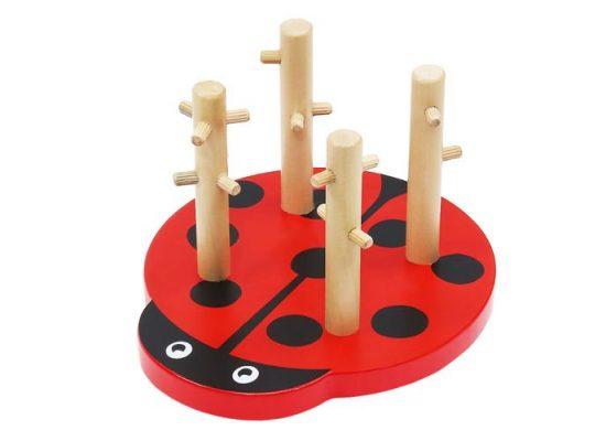 Formaválogató katica puzzle fejlesztő játék