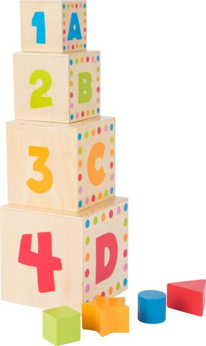 Formaillesztő fa építőjáték torony – betűk és számok 2